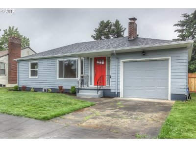 Multnomah County Single Family Home For Sale: 4909 N Yale St