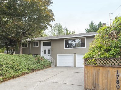 Portland Single Family Home For Sale: 1780 SW 89th Ave