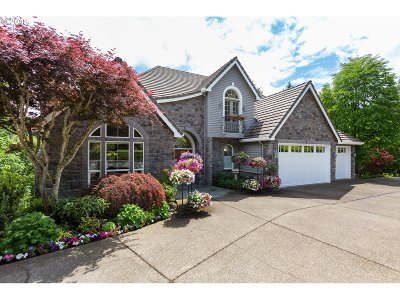 Beaverton Single Family Home For Sale: 10460 SW Mount Adams Dr