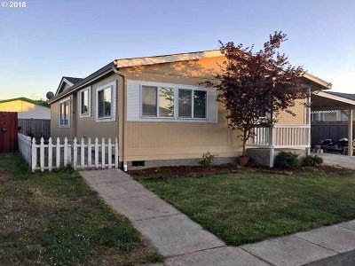 Cottage Grove, Creswell Single Family Home For Sale: 700 N Mill St Space 74