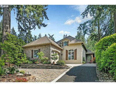 Lake Oswego Single Family Home For Sale: 4090 Westbay Rd