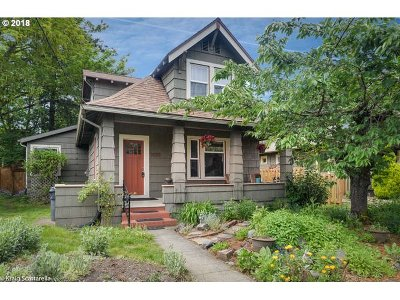 Multnomah County Single Family Home For Sale: 3535 SE 62nd Ave
