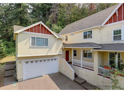 Portland Single Family Home For Sale: 11338 SW Capitol Hwy