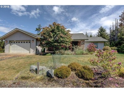 Bandon Single Family Home For Sale: 54907 Sadie Dr