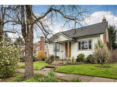 Portland Single Family Home For Sale: 4538 NE 34th Ave