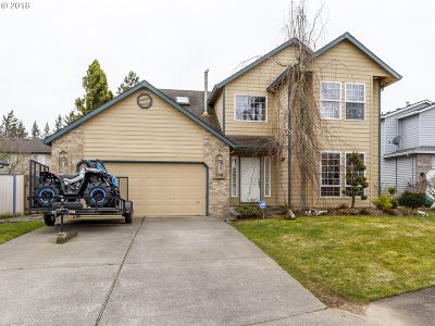Troutdale Single Family Home For Sale: 716 SW 28th St