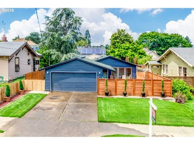Single Family Home For Sale: 9225 N Tioga Ave