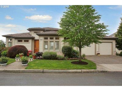Portland Single Family Home For Sale: 1933 NW Jasmine Ln