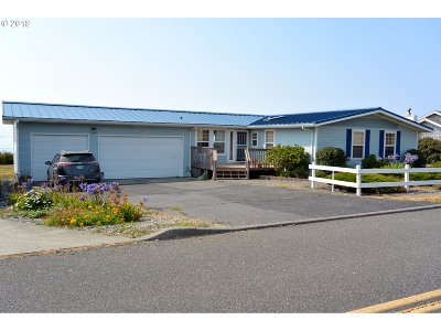 Gold Beach OR Single Family Home For Sale: $459,000