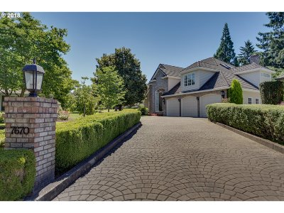 Wilsonville Single Family Home For Sale: 7670 SW Village Greens Cir