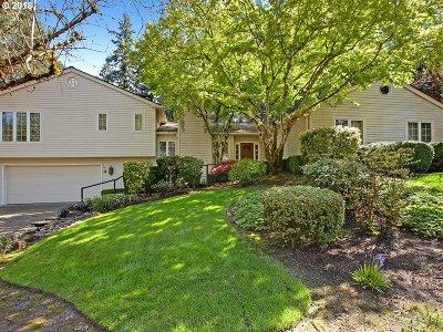 Lake Oswego Single Family Home For Sale: 4 Westminster Dr