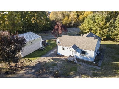 Creswell Single Family Home For Sale: 85230 Cloverdale Rd