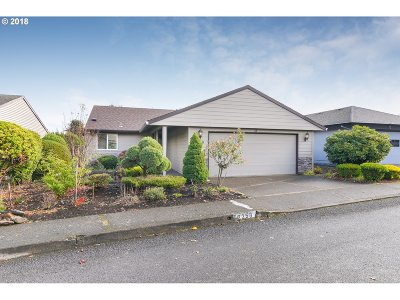 Clackamas County, Multnomah County, Washington County, Clark County, Cowlitz County Single Family Home For Sale: 2258 NE 153rd Ave
