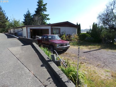 Coos Bay Single Family Home For Sale: 93641 Bay Park Ln