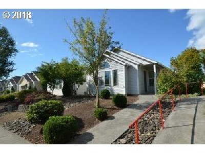 Battle Ground Single Family Home For Sale: 904 SE Rasmussen Blvd