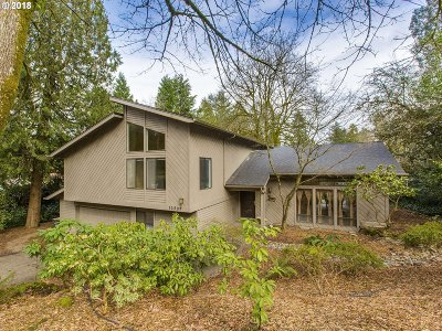 Single Family Home For Sale: 10502 SW Collina Ave
