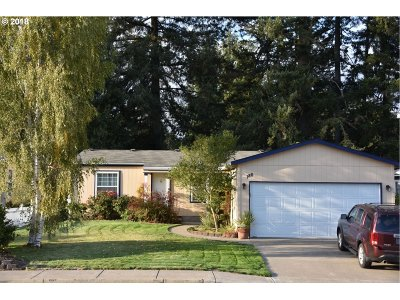 Newberg, Dundee, Lafayette Single Family Home For Sale: 186 W 15th St