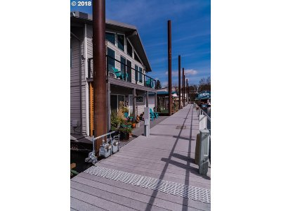 Portland Single Family Home For Sale: 1783 N Jantzen Ave