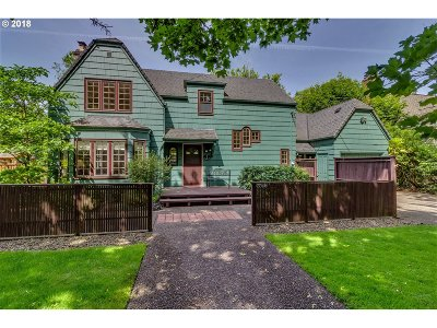 Multnomah County Single Family Home For Sale: 7719 SE 28th Ave