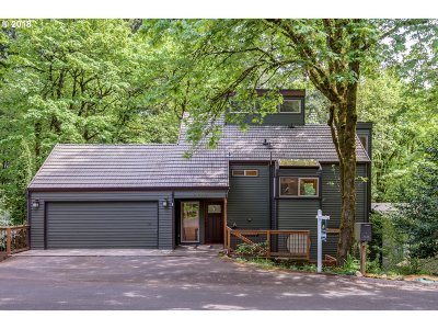Single Family Home For Sale: 3138 SW Cascade Dr