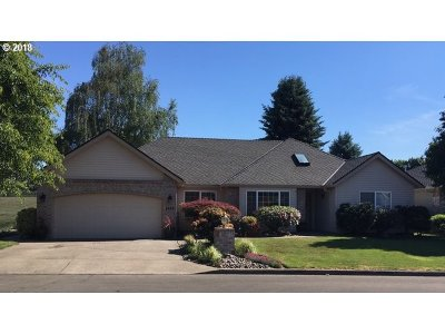 Wilsonville Single Family Home For Sale: 6806 SW Wheatland Run