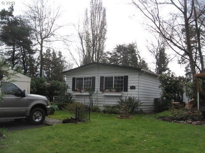 Portland Single Family Home For Sale: 2210 N Broughton Dr