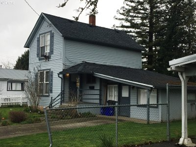 Roseburg OR Single Family Home For Sale: $148,500
