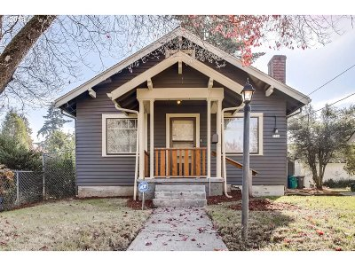 Multnomah County Single Family Home For Sale: 7716 N Hodge Ave