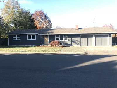 Eugene Single Family Home For Sale: 521 Watson Dr