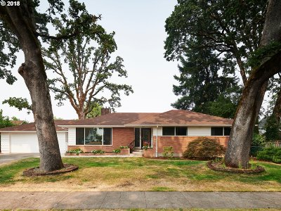 Forest Grove Single Family Home For Sale: 1827 17th Ave