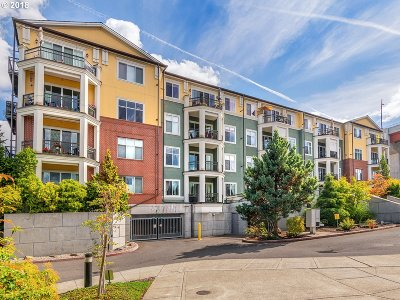 Portland Condo/Townhouse For Sale: 196 SE Spokane St #203