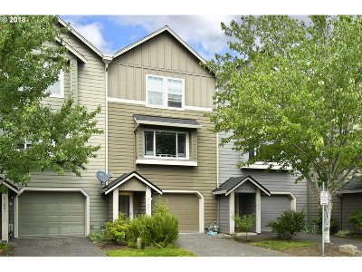 Fairview Single Family Home For Sale: 21825 NE Heartwood Cir