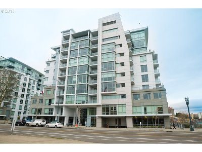 Portland Condo/Townhouse For Sale: 1260 NW Naito Pkwy #507