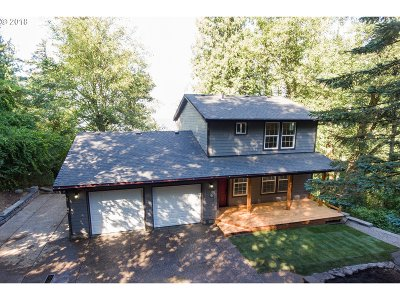 Multnomah County Single Family Home For Sale: 1609 NE Corbett Hill Rd