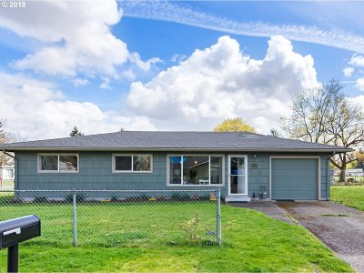 Portland Single Family Home For Sale: 1514 SE 167th Ave