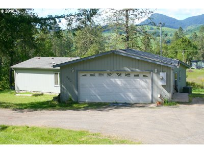 Glide Single Family Home For Sale: 346 Terrace Dr