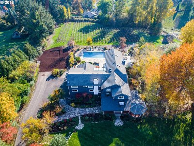 Lake Oswego Single Family Home For Sale: 1128 Englewood Dr