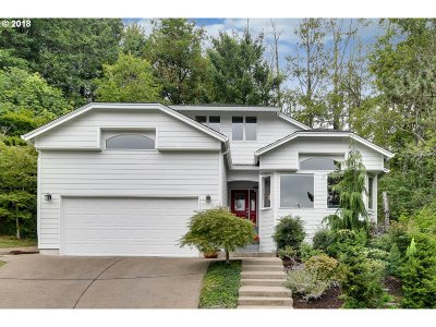 Multnomah County Single Family Home For Sale: 10431 NW Brittney Ct