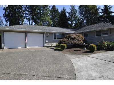 Milwaukie, Clackamas, Happy Valley Single Family Home For Sale: 15968 SE Patsy Ave