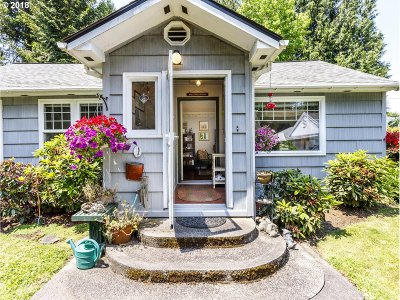 West Linn Single Family Home For Sale: 21960 SW Ribera Ln
