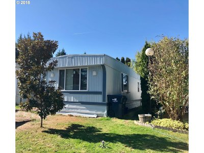 Springfield Single Family Home For Sale: 2145 31st St Space #43