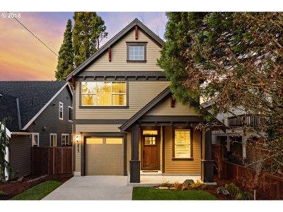 Single Family Home For Sale: 4923 SE Ogden St