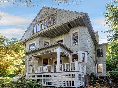 Portland Single Family Home For Sale: 3935 SW Corbett Ave