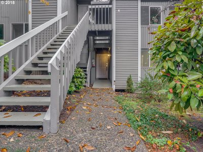 Lake Oswego OR Condo/Townhouse For Sale: $175,000