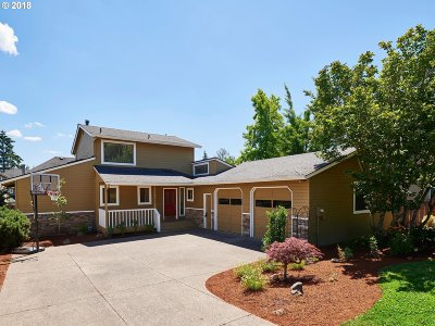 Portland Single Family Home For Sale: 11060 NW Ridge Rd