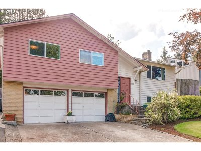 Hillsboro Single Family Home For Sale: 878 NW 8th Dr