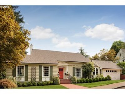 Portland Single Family Home For Sale: 2490 SW Arden Rd