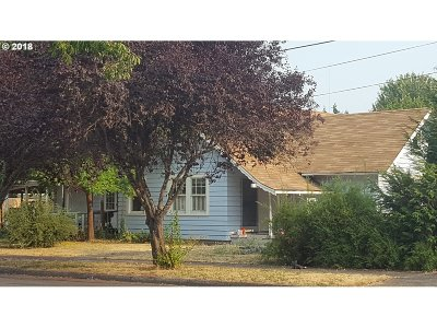 Cottage Grove Single Family Home For Sale: 111 E Madison Ave