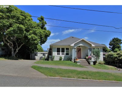 Coos Bay Single Family Home For Sale: 784 N 2nd St