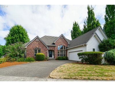 Keizer Single Family Home Sold: 829 McNary Estates Dr N